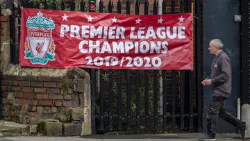 Se a Premier League for cancelada, os clubes, por bom senso, deveriam considerar o Liverpool campeão