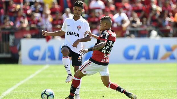 Caíque Sá é titular do Vitória no Campeonato Brasileiro