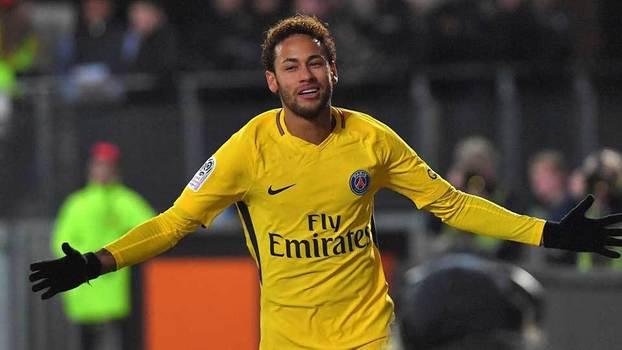 """Totti critica valor pago pelo PSG por Neymar  """"Não tem sentido"""" - ESPN 149ab6b2ade27"""