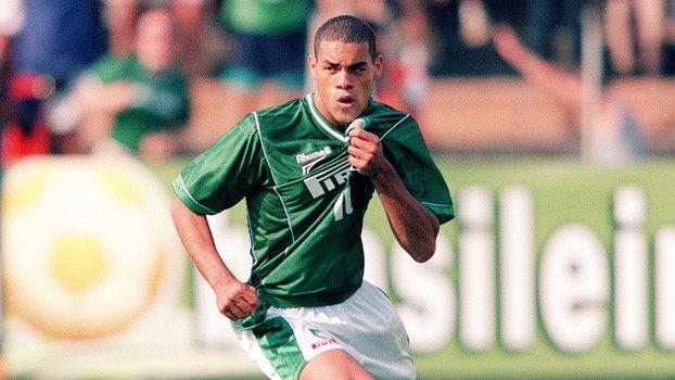 Lopes em ação em Palmeiras, em 2000