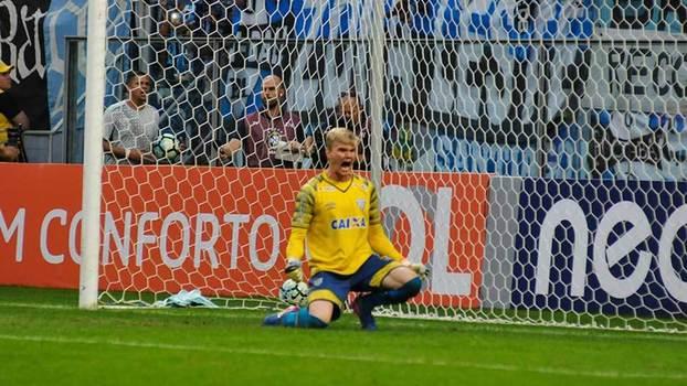 Após três derrotas seguidas no Brasileiro, rivais não perdoam o Grêmio; veja