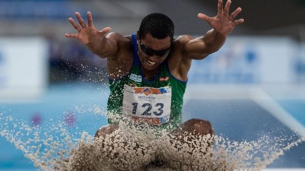 Ricardo Costa de Oliveira foi o responsável pelo primeiro ouro brasileiro no Rio