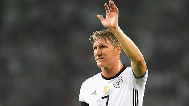 Dorival explica pedido por Schweinsteiger e põe Robinho em lista - ESPN 397378bf0619a