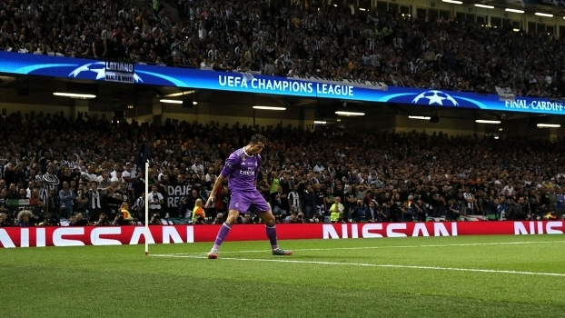 Cristiano Ronaldo foi eleito o homem do jogo na final da Champions 17adcaf9695f9