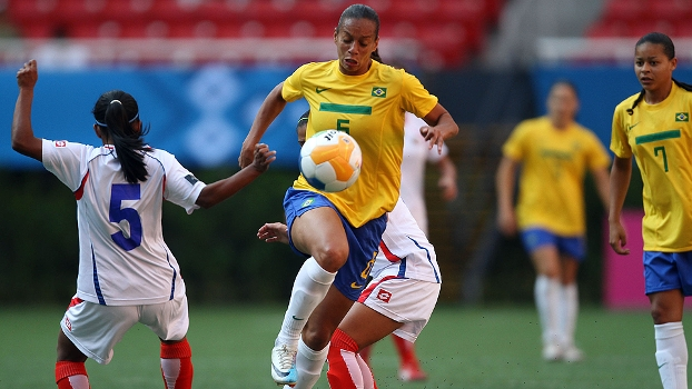 Futebol Feminino comemora o anúncio da primeira competição de base ... 5a50db4d1d2ca