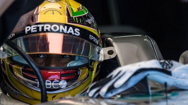 Lewis Hamilton durante treinos no GP do Brasil, em São Paulo