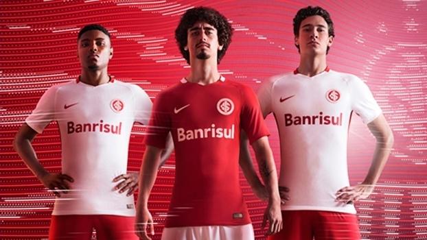 Nike divulgou novos uniformes do Internacional para a temporada 2016 5bb1557b4102b