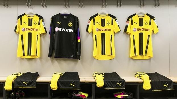 88e6c0d8f4 Novas camisas do Borussia Dortmund