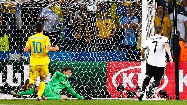 Schweinsteiger Gol Alemanha Ucrania Euro-2016 12/06/2016