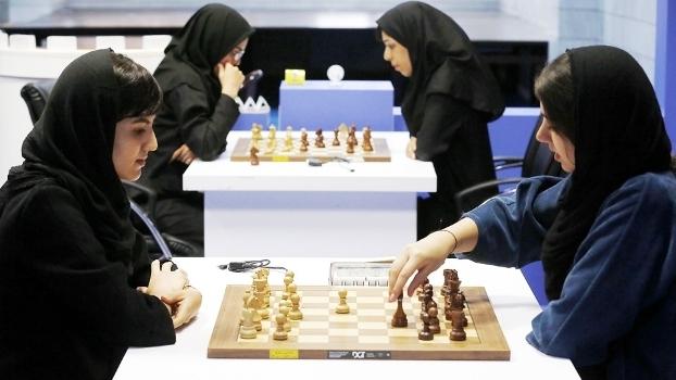 Irã Xadrez Hijab 10/10/2016