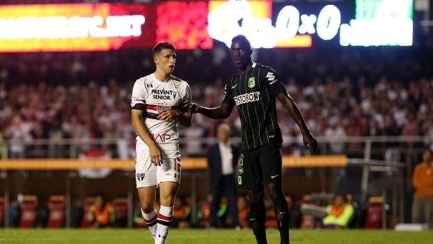 Calleri, durante duelo entre São Paulo e Atlético Nacional