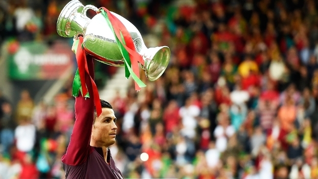 Cristiano Ronaldo Trofeu Euro-2016 Portugal Suecia Amistoso 28/03/2017