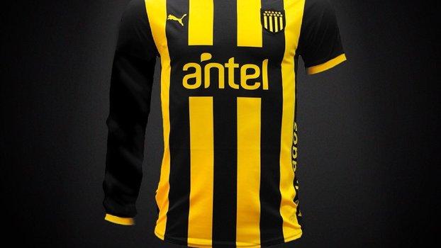 a3c2dbce6f Peñarol vai usar camisa com uma manga longa e uma curta  veja o motivo