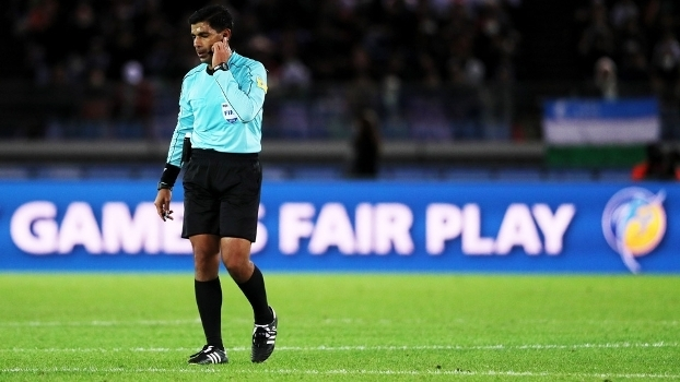 Enrique Caceres Arbitro Real Madrid America-MEX Mundial de Clubes 15 12 2016 dfecddea6e668