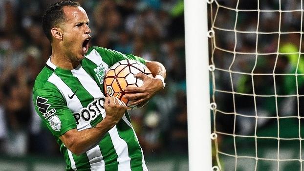Alejandro Guerra comemora gol Atético Nacional na Libertadores