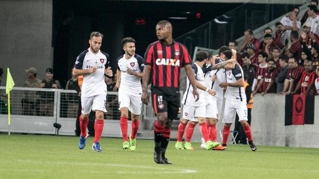 San Lorenzo venceu o Atlético Paranaense na Arena da Baixada por ... 67a11acc5189a