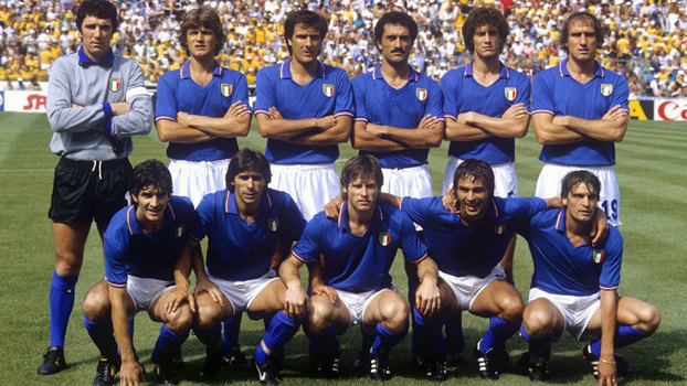 Seleção italiana perfilada antes do jogo contra o Brasil pela Copa do Mundo de 1982