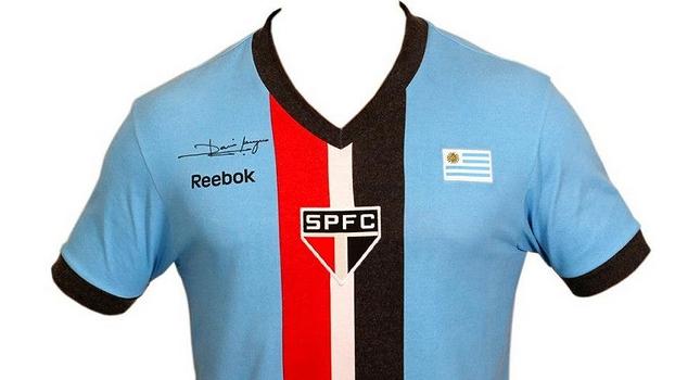 39063fed30 São Paulo lança camisa azul em homenagem a ídolos uruguaios  Waldir ...