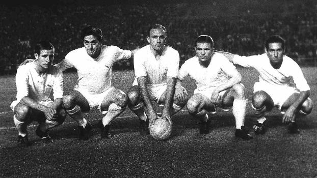 Da esq. à dir.: Kopa, Rial, Di Stéfano, Puskas e Gento em jogo do Real Madrid no ano de 1959