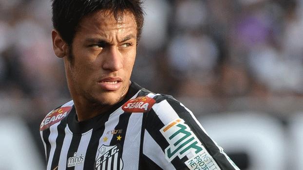 Ricardo Oliveira usa redes sociais para tranquilizar torcida do Santos após lesão