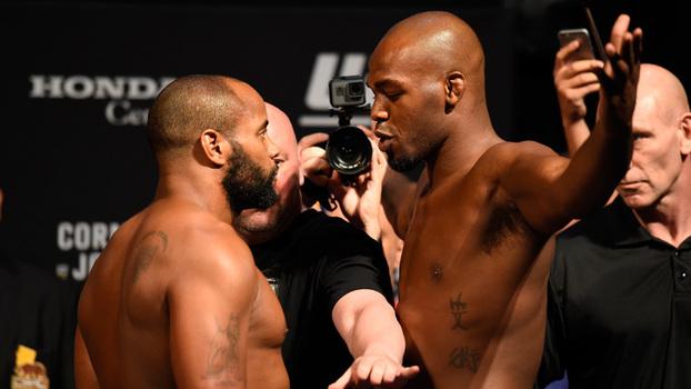 UFC retira o cinturão de Jon Jones mais uma vez