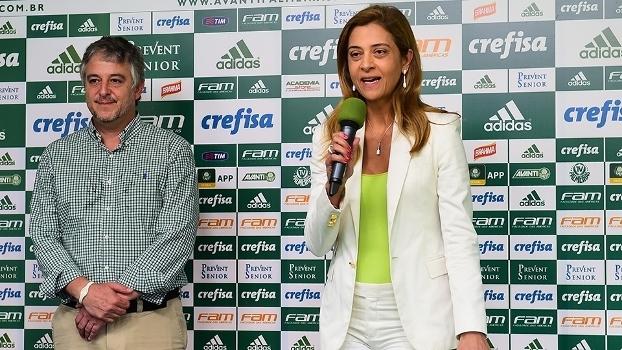 Leila Pereira, da Crefisa, ao lado do então presidente Paulo Nobre, em evento no Palmeiras