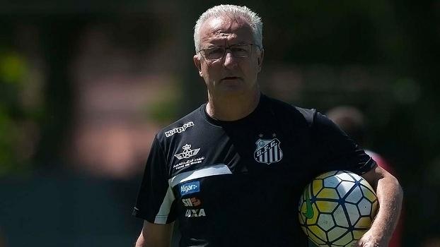 Dorival Junior estuda mudanças no esquema tático do Santos para 2017
