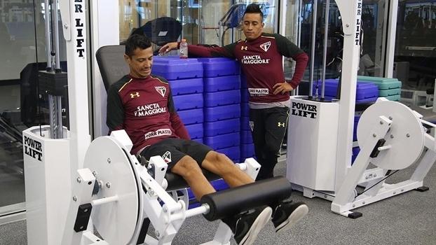 Os dois atletas já começam a treinar para ficarem à disposição de Ceni
