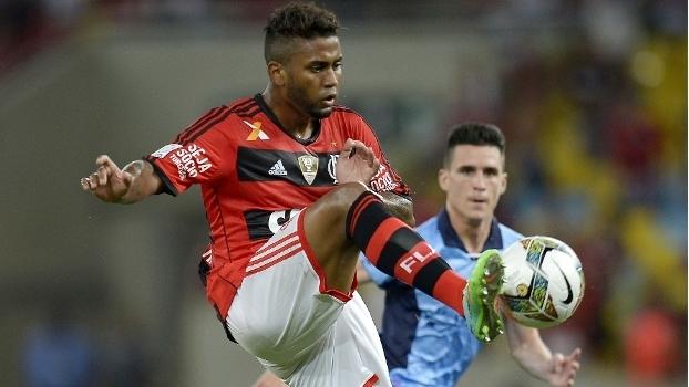 Volante Muralha foi revelado pelo Flamengo em 2011