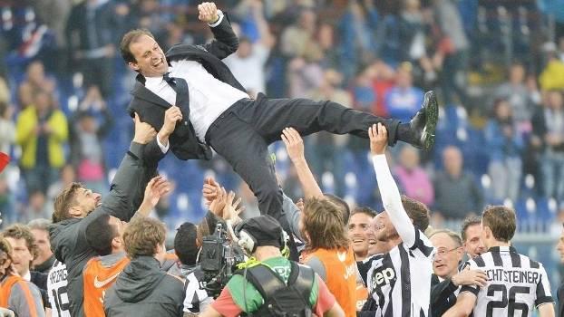 Massimiliano Allegri Festa Título Tetra Juventus Sampdoria Campeonato Italiano 02/05/2015