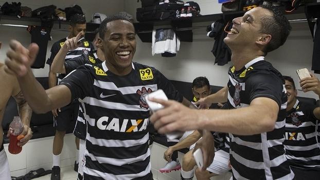 d75cd8efda Presidente do Corinthians deixa férias antecipadas ao elenco nas ...