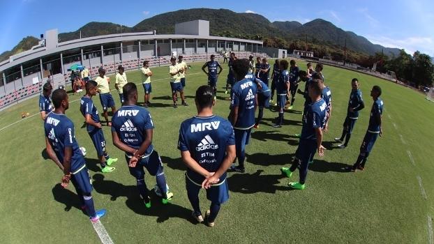 Jogadores do Flkamengo durante treino da equipe