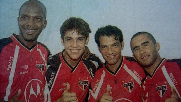 Da esquerda para direita: Oliveira, Kaká, Harisson e Renatinho