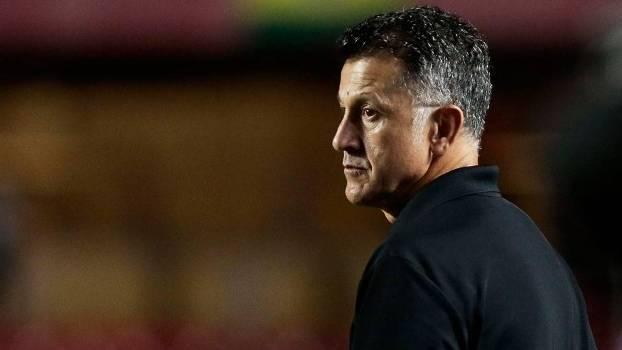 Osorio faz discurso de despedida, mas decisão sobre futuro só sai na quarta-feira