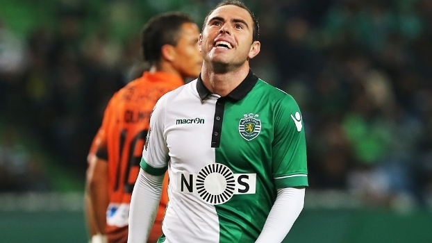 707bf547d2 Bruno Cesar Sportin Varzim Taça de Portugal 30 12 2016. Bruno César em ação  pelo Sporting