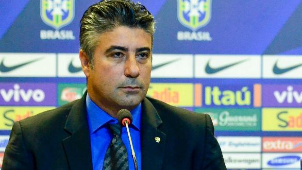 Alexandre Gallo, coordenador da base, está fortalecido na CBF