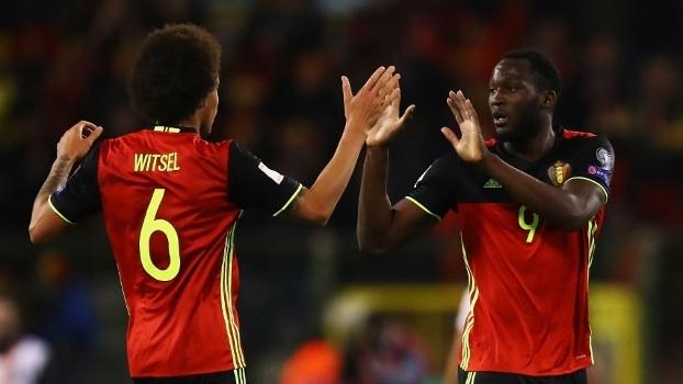 Lukaku comemora o gol de empate contra a Grécia, em Bruxelas