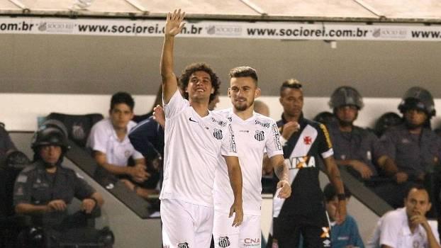 Victor Ferraz marcou o gol da vitória do Santos