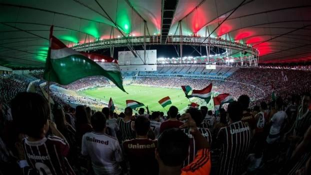 Torcida do Fluminense costuma levar bom público ao Maracanã