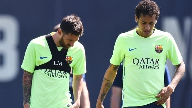 Mathieu diz que Neymar saiu do Barcelona por causa de Messi