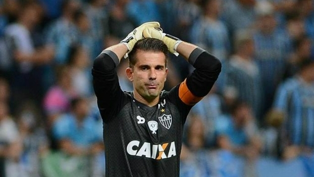 O goleiro Victor está no centro de briga entre Grêmio e Atlético-MG