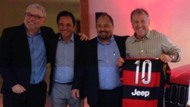 Zico prestigiou o lançamento do patrocínio da Jeep na camisa ... e3cc33e17fdb9