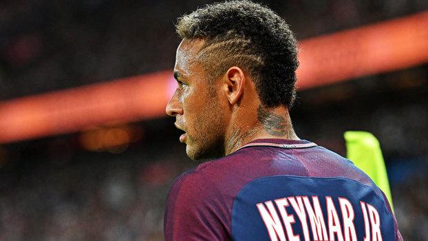 Neymar quer ajudar Mbappé assim como Messi o guiou no Barça