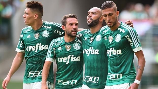 Alecsandro anotou o único gol do Palmeiras