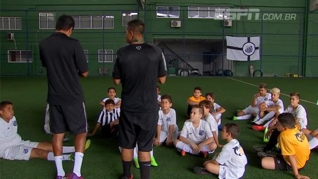 ece2e8260d  Meninos da Vila  no Rio  conheça a escolinha do Santos que produz talentos