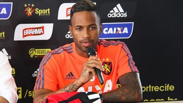 Reinaldo Lenis Apresentação Sport Recife 06/01/2016
