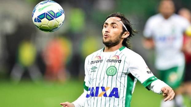 Lateral-direito foi o destaque do time no Campeonato Brasileiro de 2015