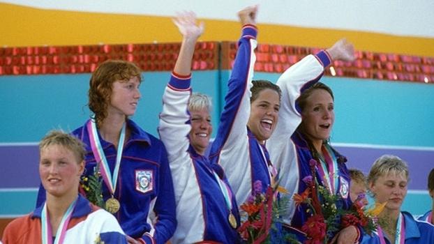 Da esq. à dir.: Jenna Johnson, Carrie Steinseifer, Dara Torres e Nancy Hogshead em 1984