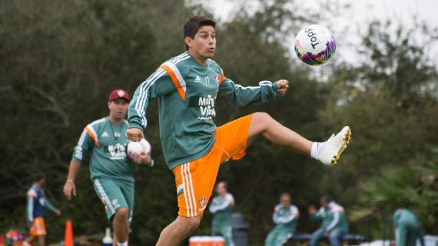 O meia argentino Conca recebeu proposta da China e deve deixar o Fluminense c2319e44b003a