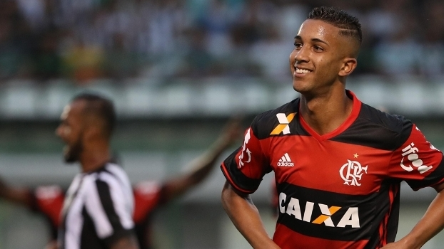 Indicado por Deco, Jorge deixa Flamengo e é vendido ao Monaco por valor recorde